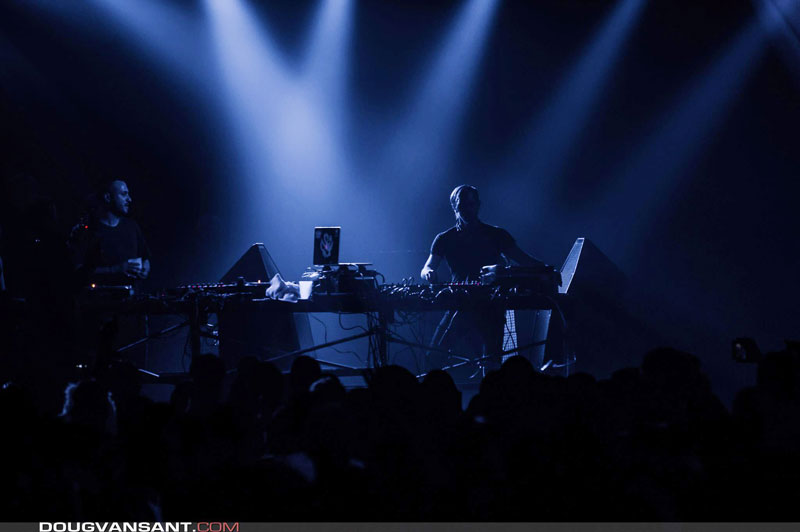 Richie Hawtin playing on PSM318 DJ Monitor